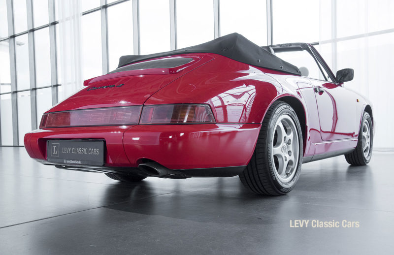 Porsche Rot 964 CC22631 032