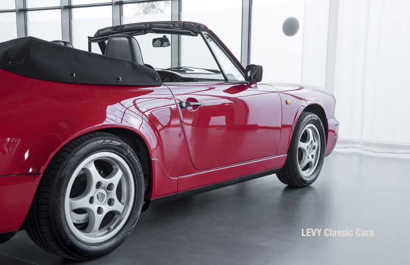 Porsche Rot 964 CC22631 033