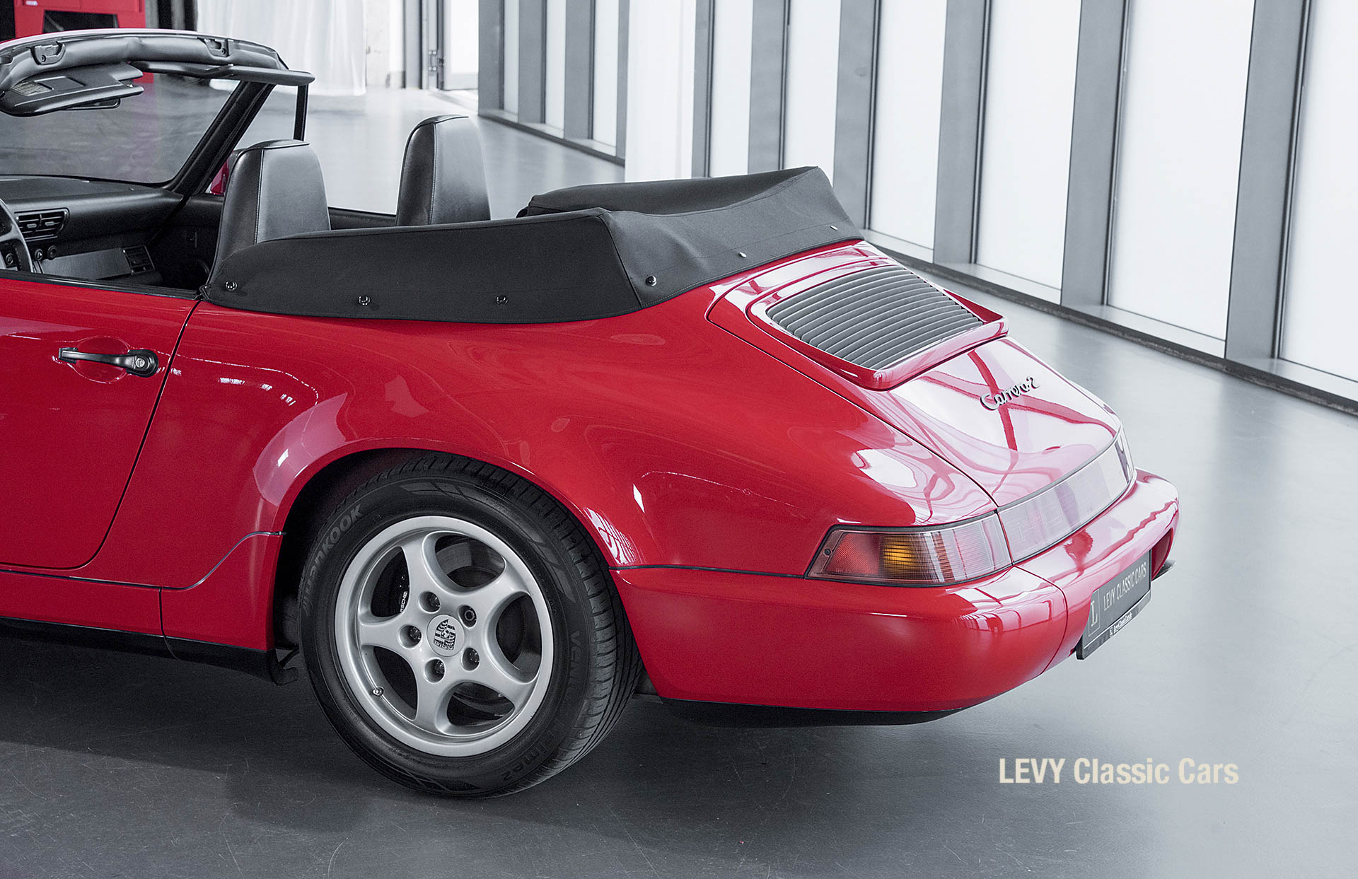 Porsche Rot 964 CC22631 067