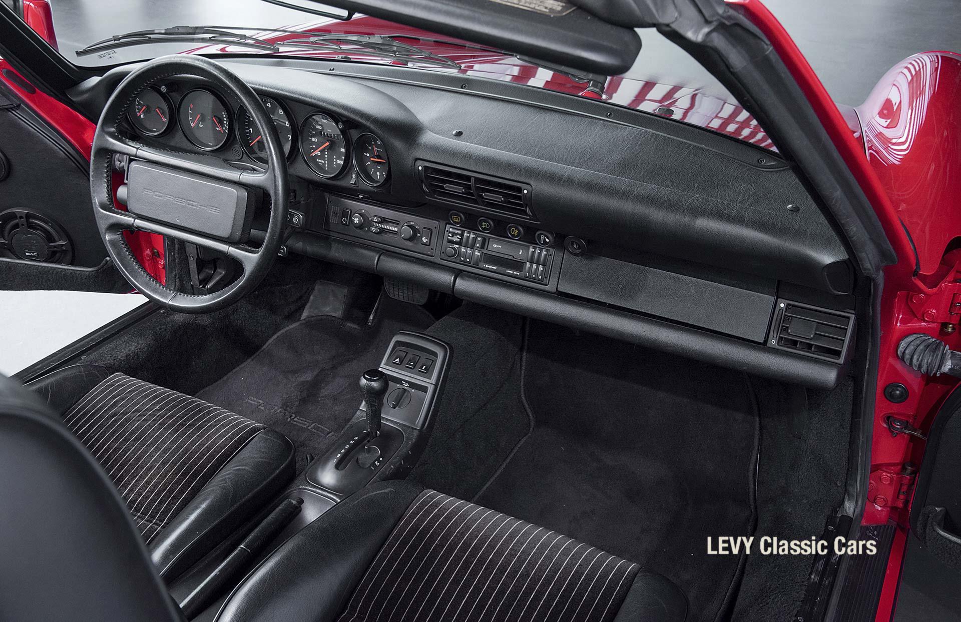 Porsche Rot 964 CC22631 094
