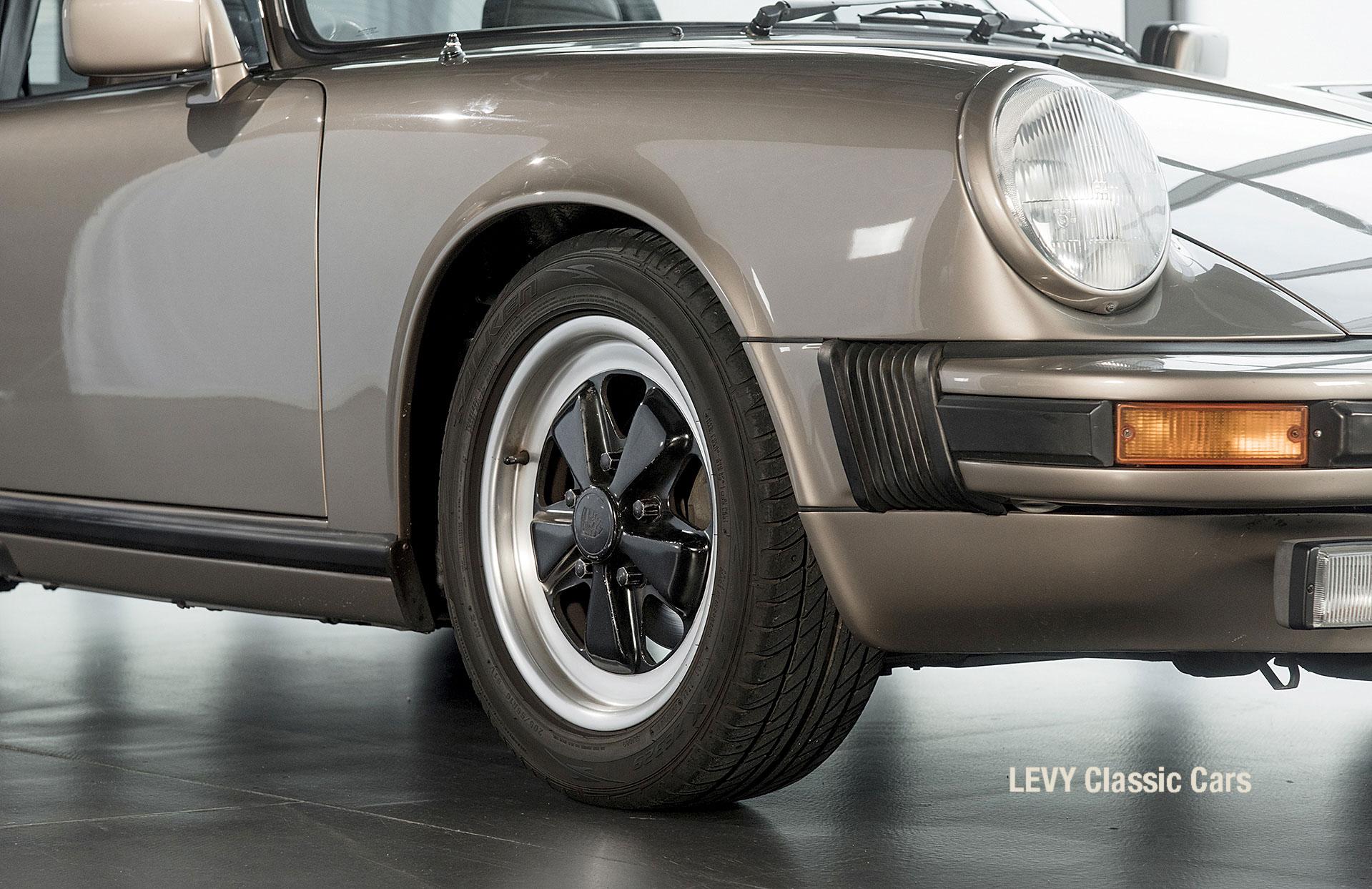 Porsche Targa 60847 Platin 02
