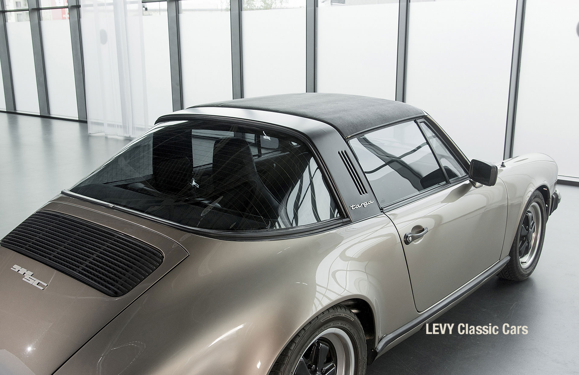 Porsche Targa 60847 Platin 29