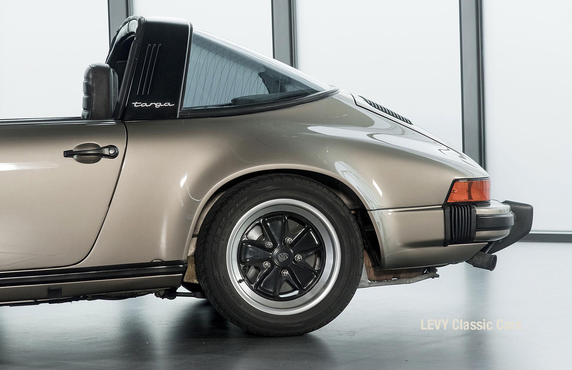 Porsche Targa 60847 Platin 48