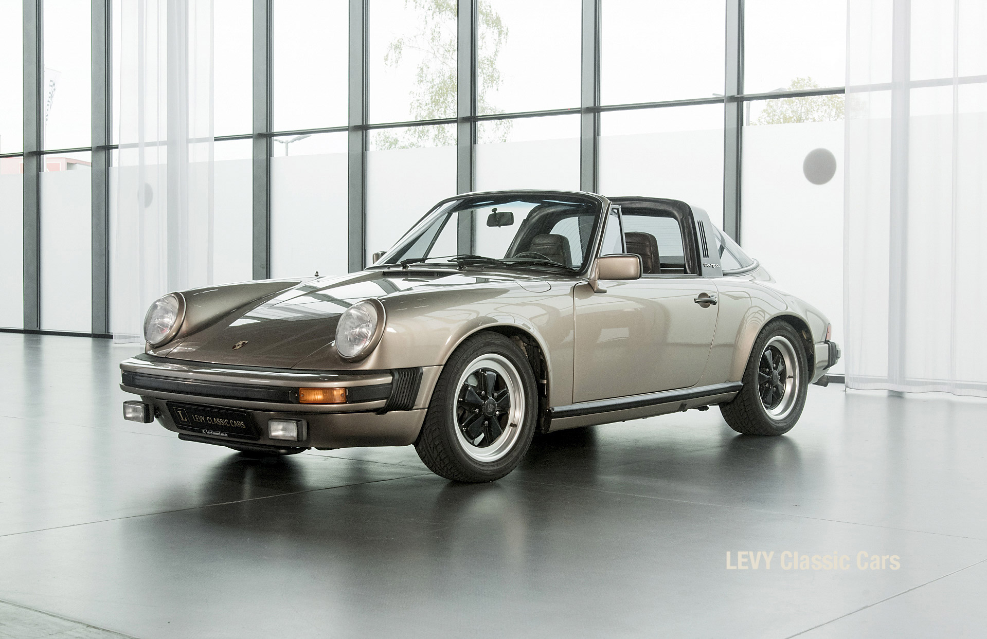 Porsche Targa 60847 Platin 60