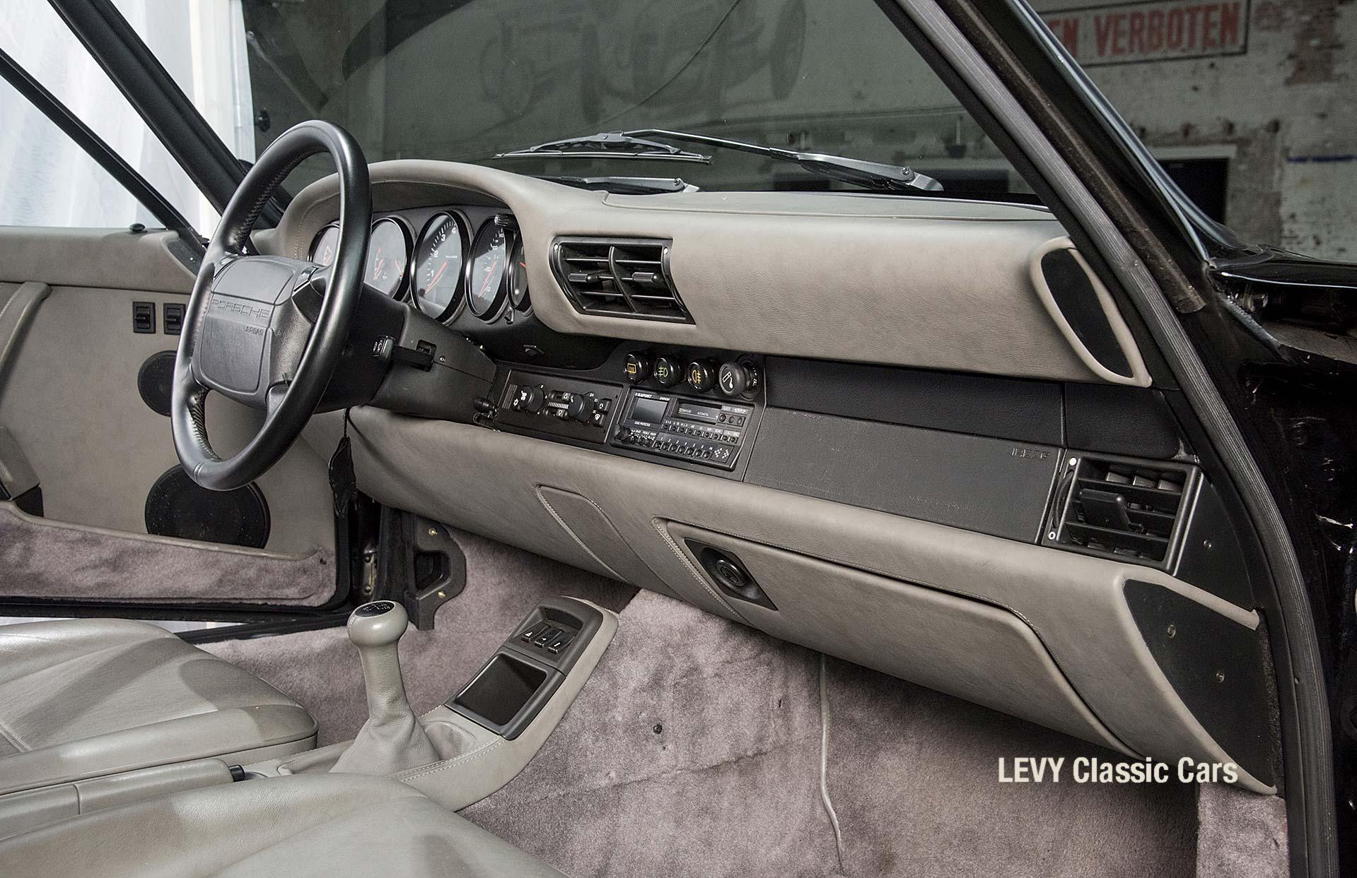 Porsche Turbo 72200 schwarz 04