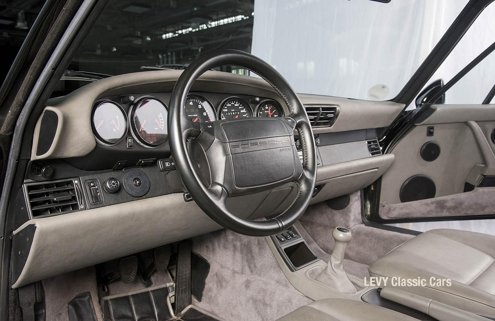 Porsche Turbo 72200 schwarz 22