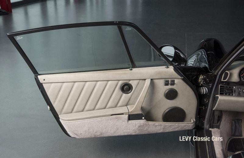 Porsche Turbo 72200 schwarz 27