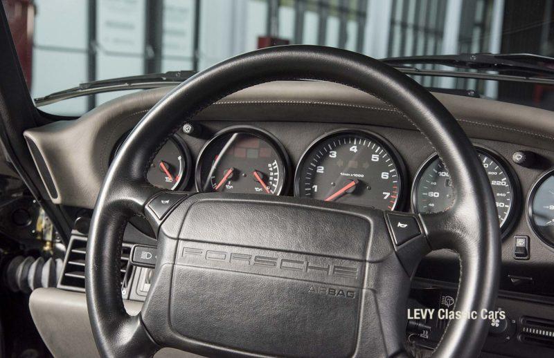 Porsche Turbo 72200 schwarz 31
