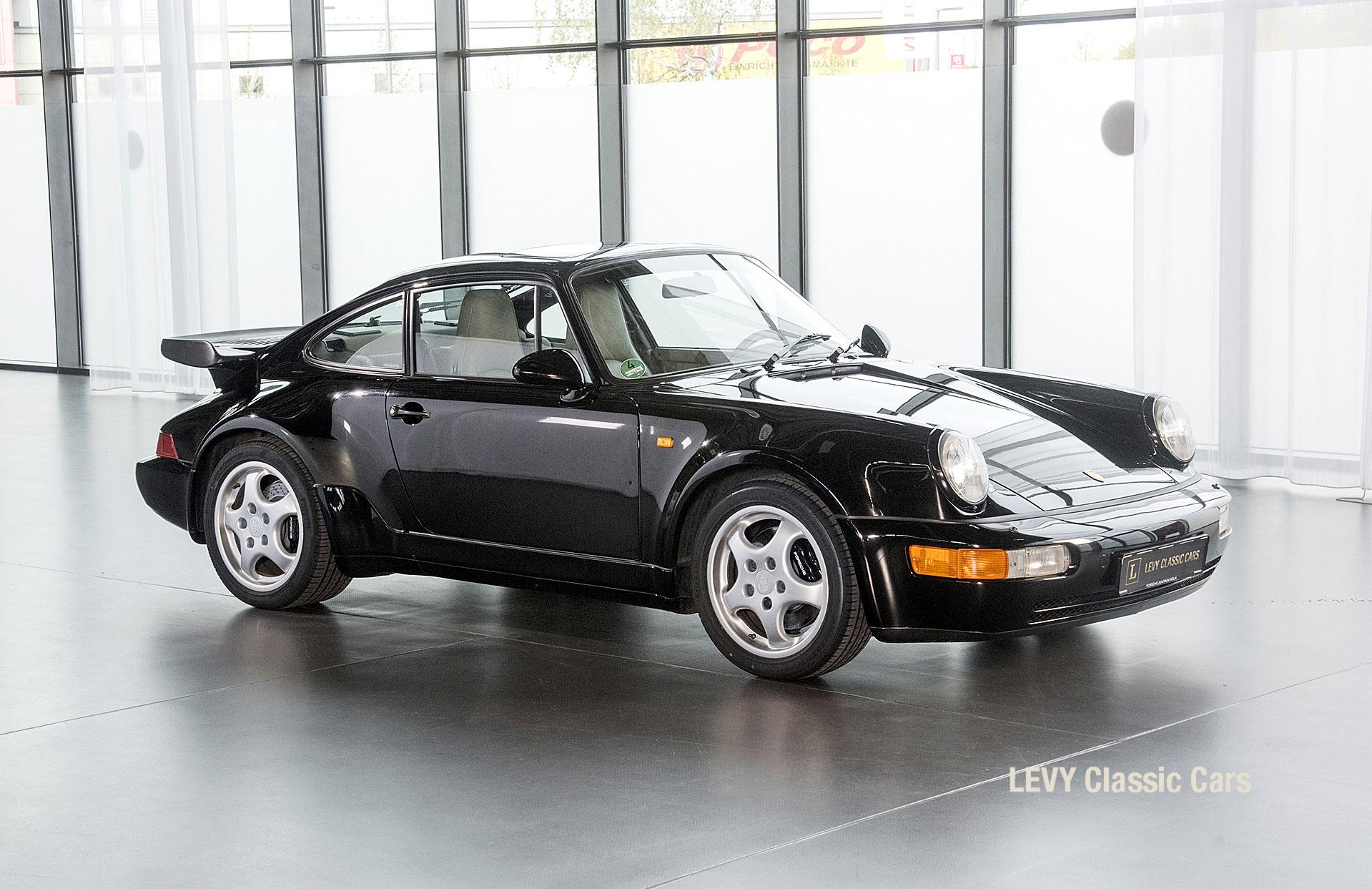 Porsche Turbo 72200 schwarz 37