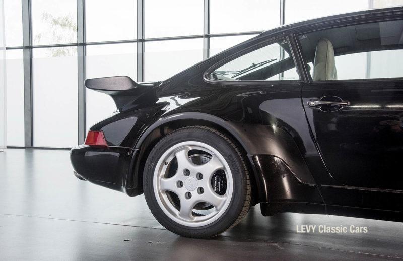 Porsche Turbo 72200 schwarz 42