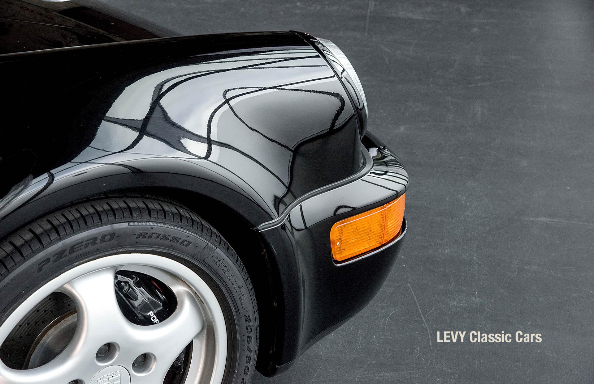 Porsche Turbo 72200 schwarz 66