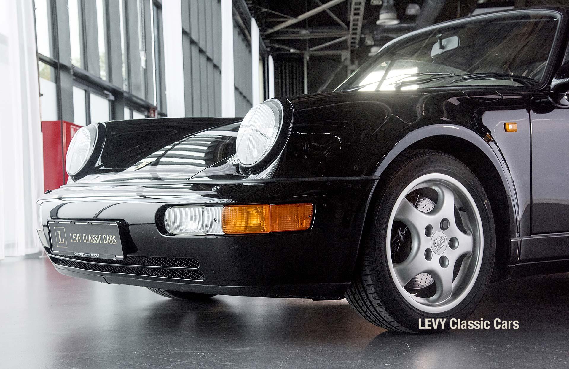 Porsche Turbo 72200 schwarz 67