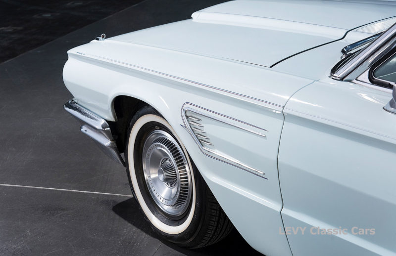 Ford Thunderbird CC70857 062_1