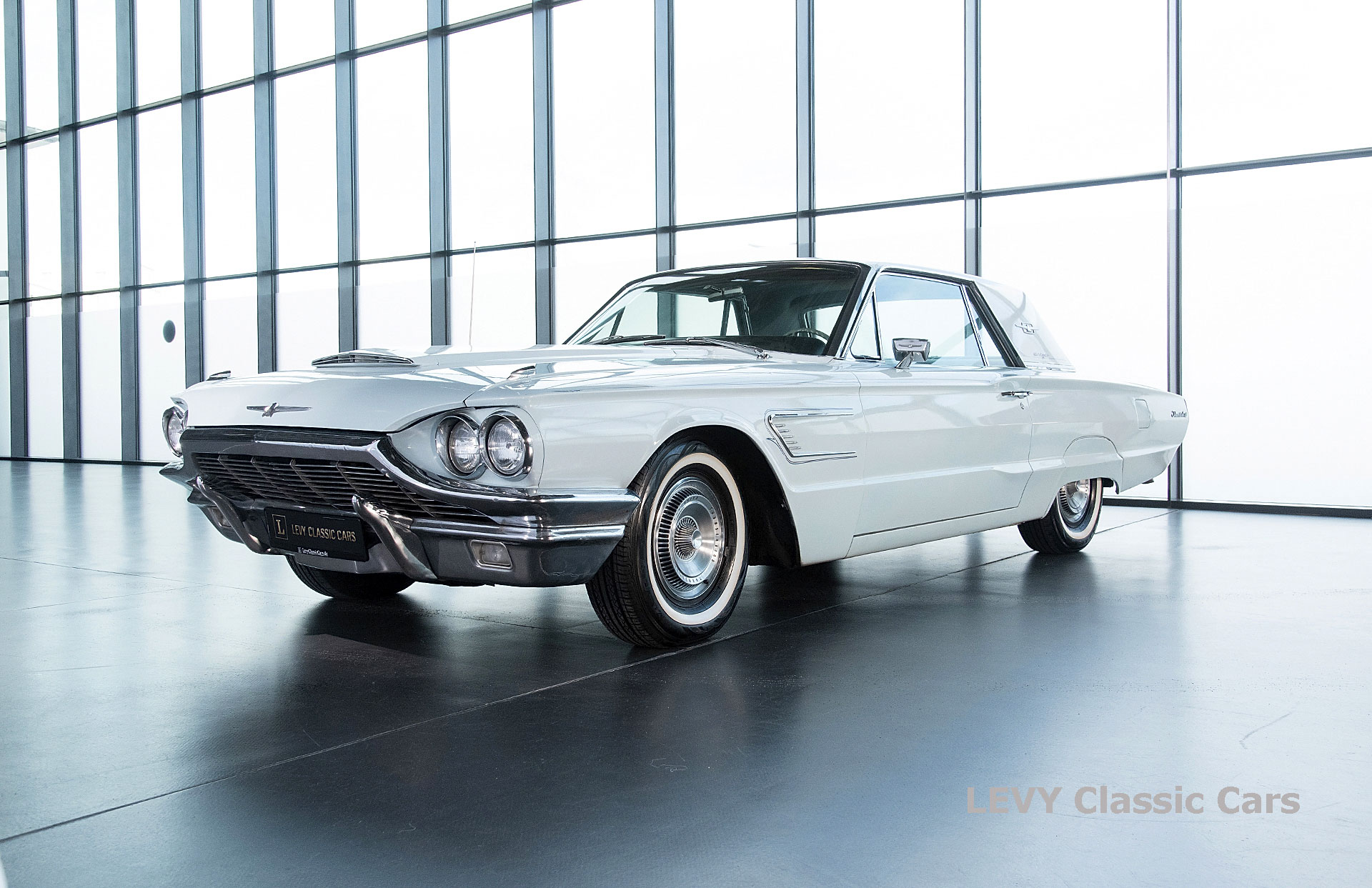 Ford Thunderbird CC70857 066_1