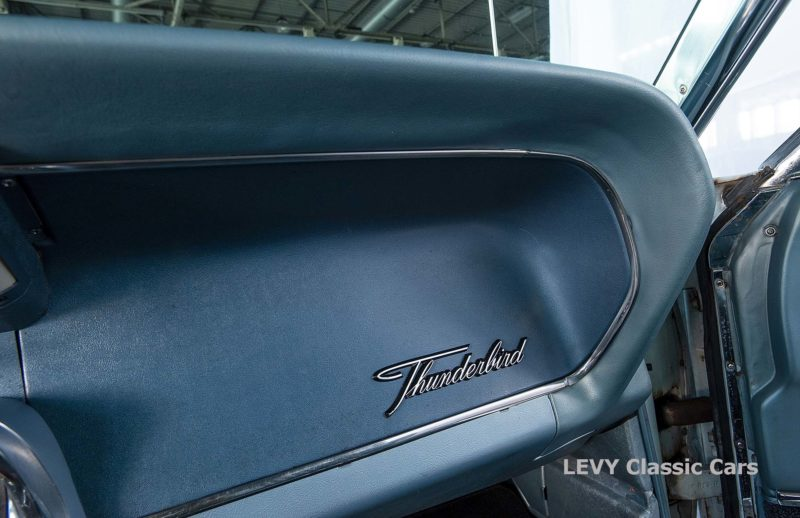 Ford Thunderbird CC70857 077_1