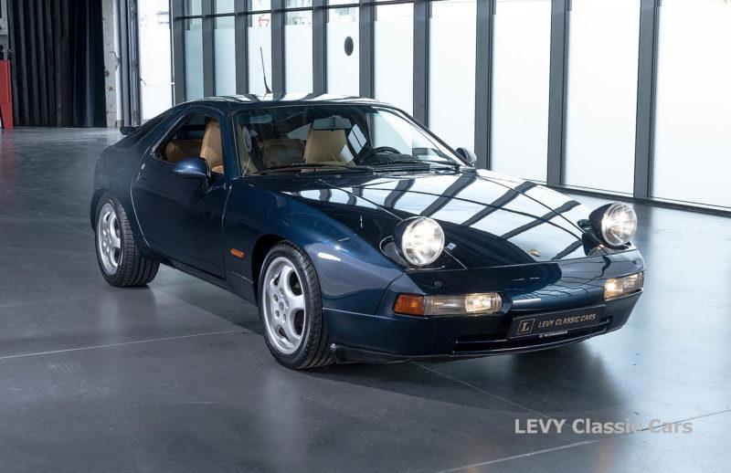 Porsche 928 GTS CC00803 009
