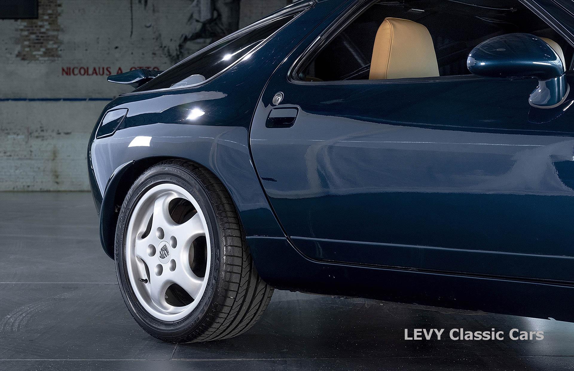 Porsche 928 GTS CC00803 023