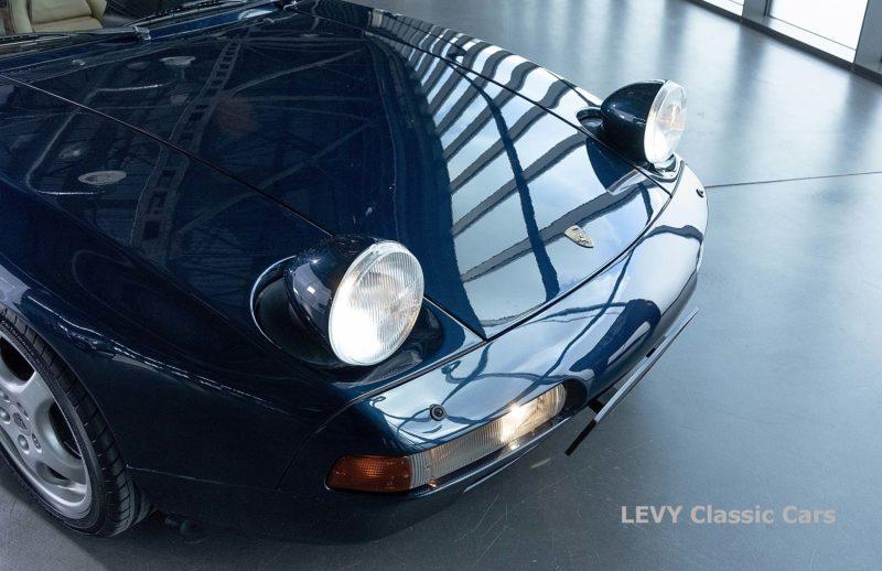 Porsche 928 GTS CC00803 030