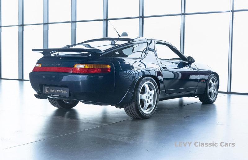 Porsche 928 GTS CC00803 033