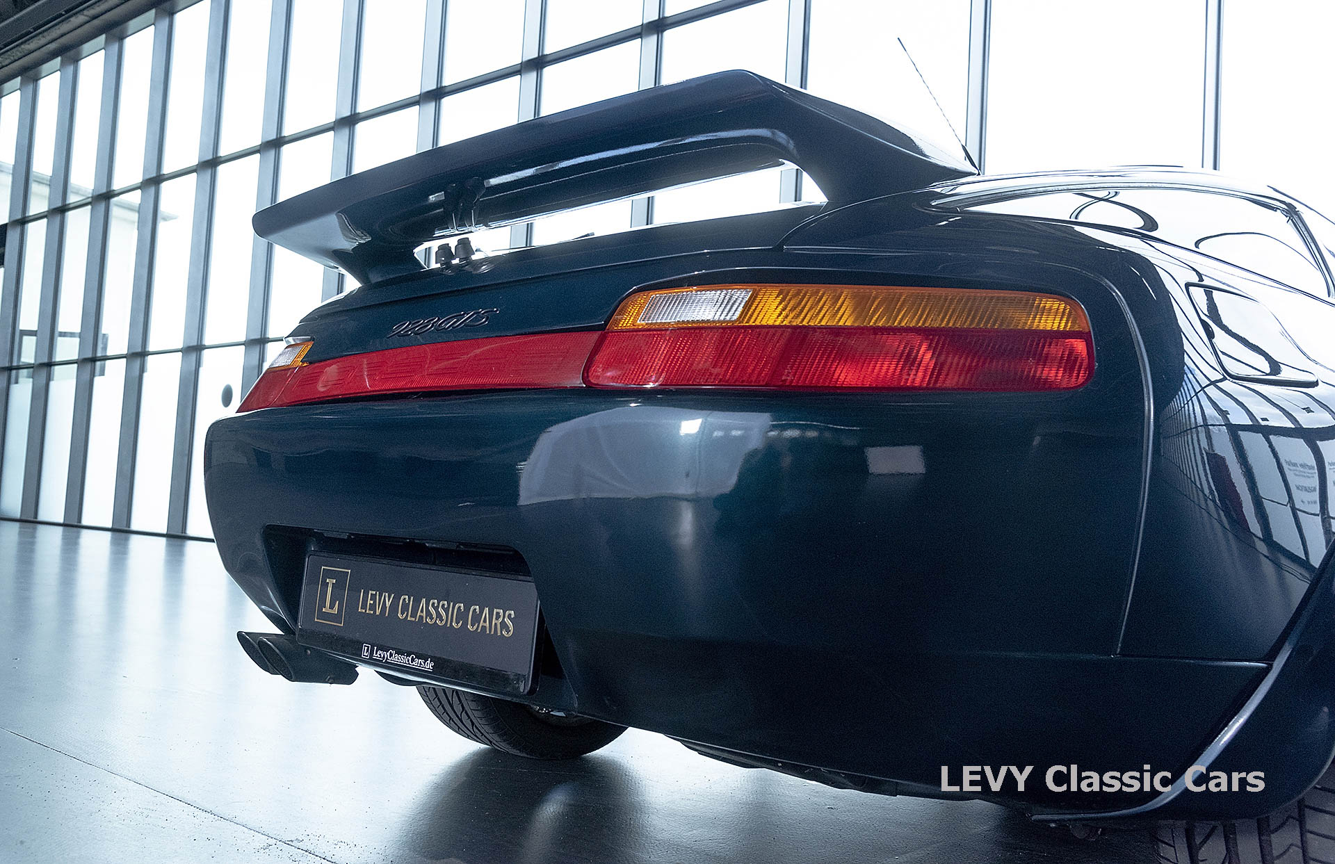Porsche 928 GTS CC00803 035