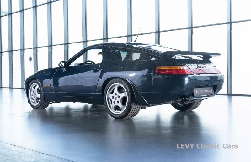 Porsche 928 GTS CC00803 056