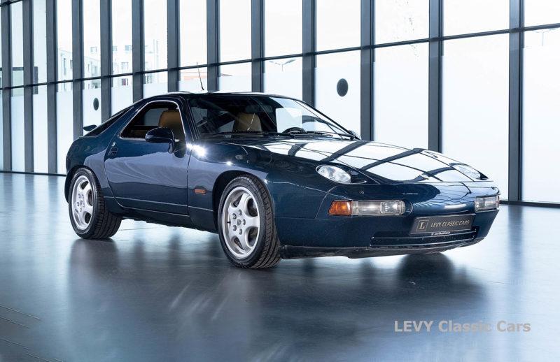 Porsche 928 GTS CC00803 083