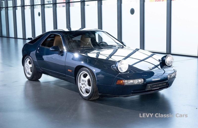 Porsche 928 GTS CC00803 085