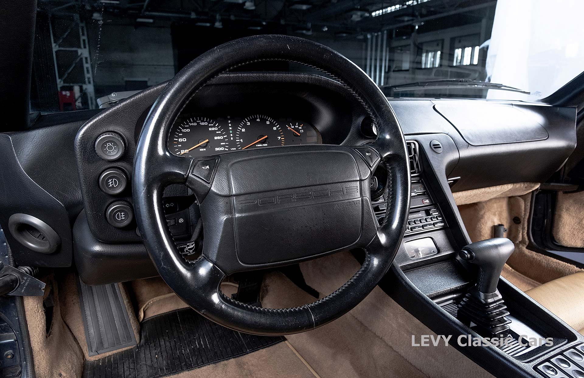Porsche 928 GTS CC00803 103