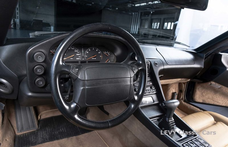 Porsche 928 GTS CC00803 105