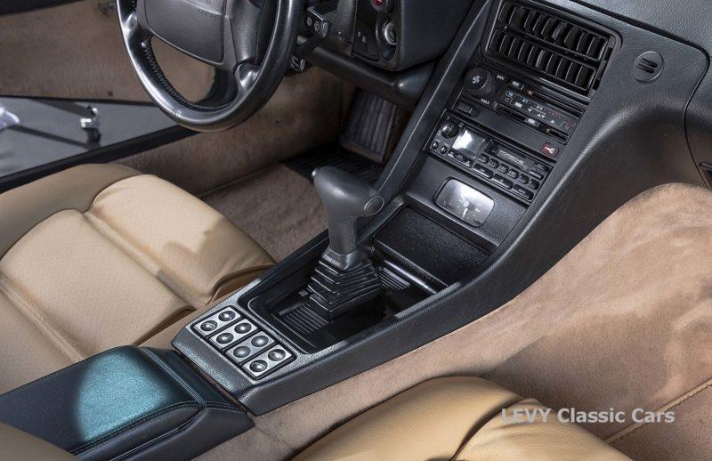 Porsche 928 GTS CC00803 111